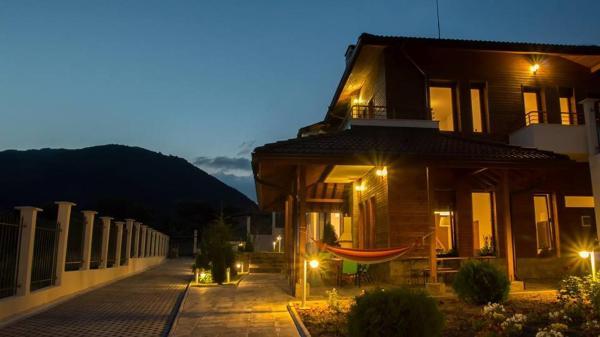 酒店图片: Bunovo lodge, Bunovo