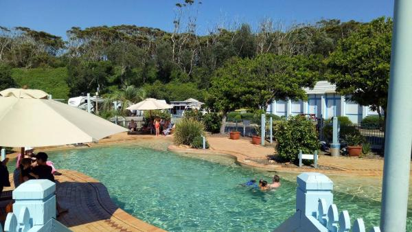 Foto Hotel: Blue Lagoon Beach Resort, Bateau Bay