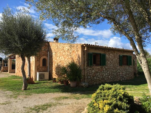 Hotel Pictures: Finca Eugenia, Biniali