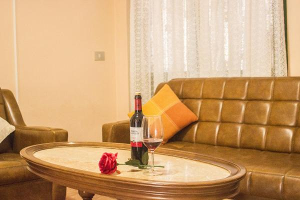 Hotel Pictures: Sun House, El Amparo