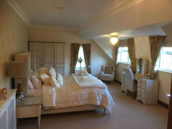 Hotel Pictures: Glenspean Lodge Hotel, Roybridge