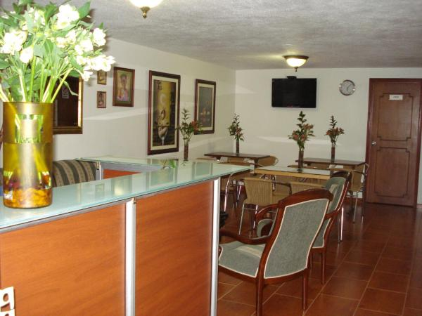 Hotel Pictures: Casa Real Bed & Breakfast, Bogotá