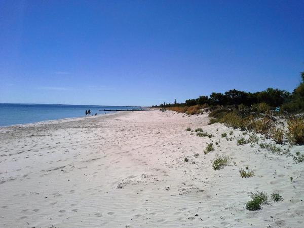 Hotel Pictures: Busselton Beachfront, Carbunup