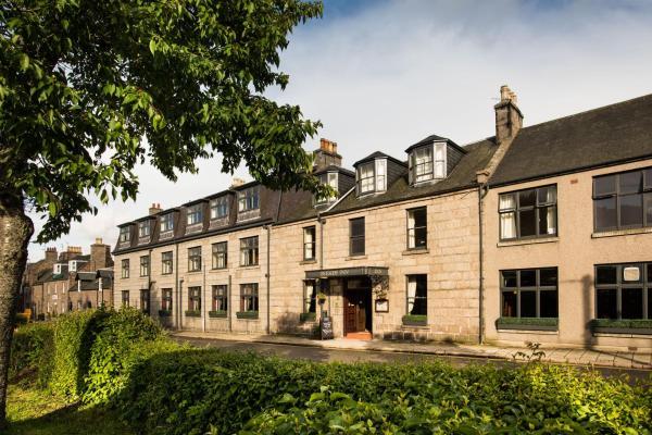 Hotel Pictures: The Deeside Inn, Ballater