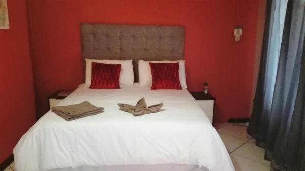 Hotel Pictures: D&K Guest House, Maun
