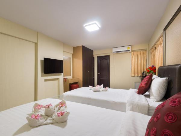 Deluxe Double Room with Round-Trip Suvarnabhumi Airport Transfer