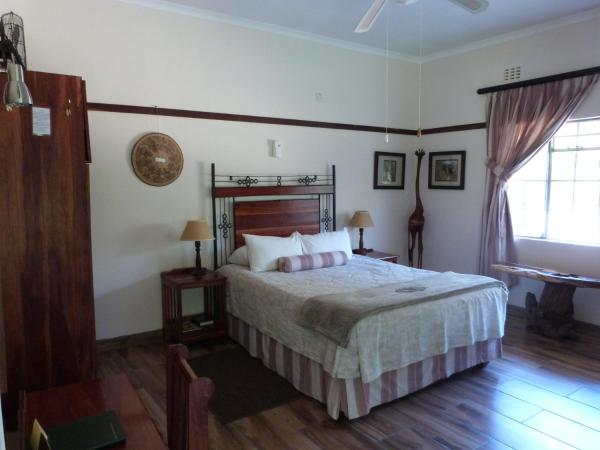 Hotel Pictures: Woodlands Stop Over and Lodge, Francistown