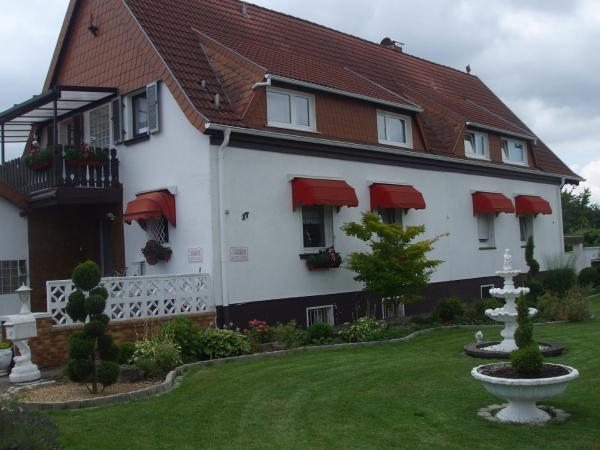 Hotel Pictures: Gästehaus Gukelberger, Homburg