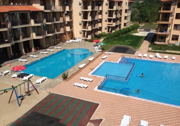 Photos de l'hôtel: Apartment in Complex Nestinarka, Tsarevo