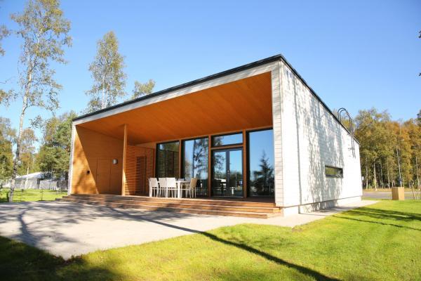 Hotel Pictures: Nallikari Holiday Village Villas, Oulu