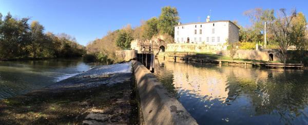 Hotel Pictures: Moulin de Bapaumes, Nérac
