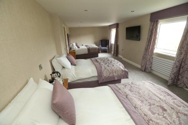 Hotel Pictures: The Chimney Corner Hotel, Newtownabbey