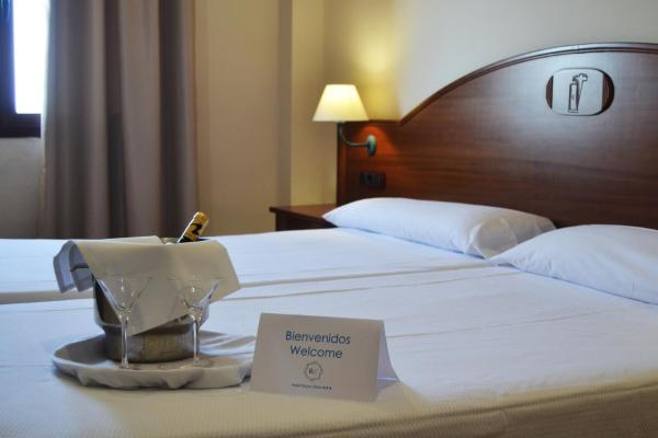 Hotel Pictures: Hotel Reyes Ziries, Albolote