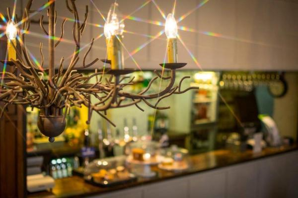 Hotel Pictures: The Bear Hotel, Cowbridge