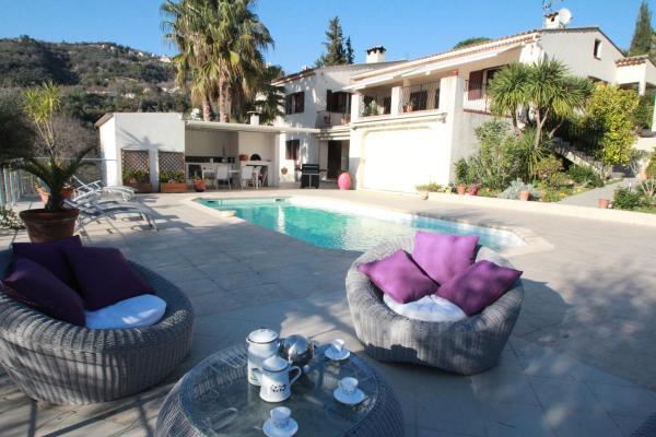 Hotel Pictures: Maison La Castellar, Contes