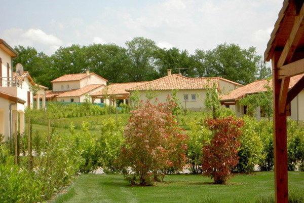 Hotel Pictures: Villa Villapark L Aveneau 1, Les Forges