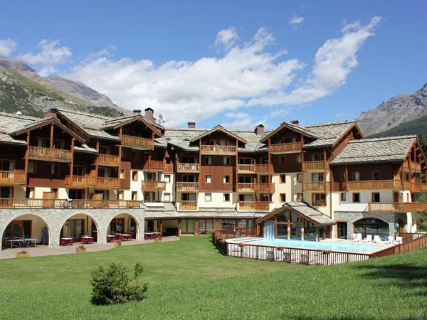Hotel Pictures: Apartment Les Alpages De Val Cenis 2, Lanslebourg-Mont-Cenis