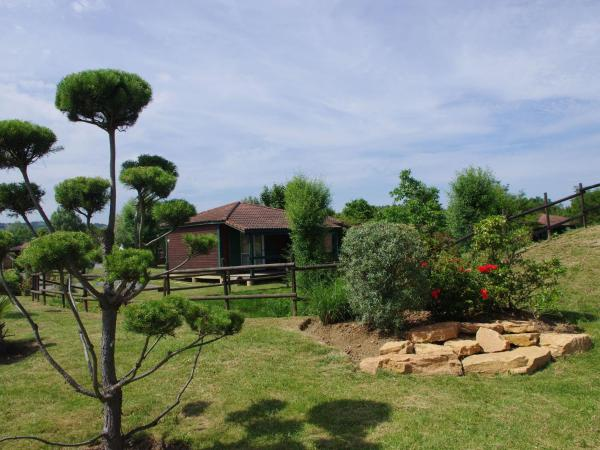 Hotel Pictures: Holiday home Les Portes Du Beaujolais 2, Anse