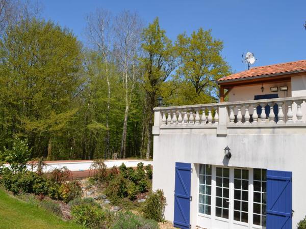 Hotel Pictures: Villa Golfresort La Vigeliere 1, Les Forges