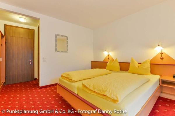 Hotel Pictures: Hotel Alpenhof, Oberau