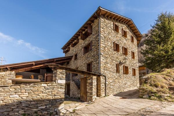 Hotel Pictures: , Torre de Capdella