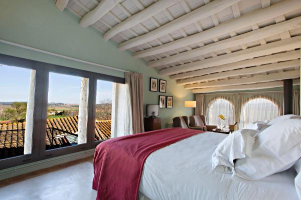 Hotel Pictures: Encís d'Empordà, Casavells