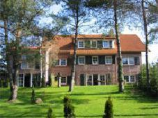 Hotel Pictures: Das kleine Hotel am Park Garni, Bispingen
