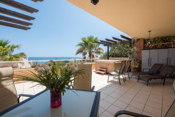 Hotel Pictures: Malibu Mansions Condo 5, Cabopino