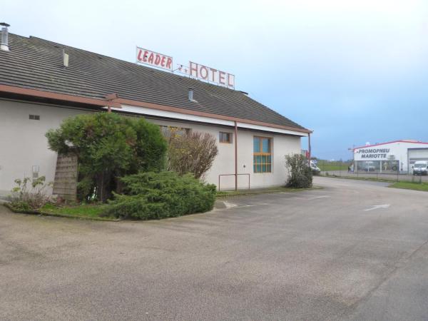 Hotel Pictures: Leader Hôtel, Foucherans