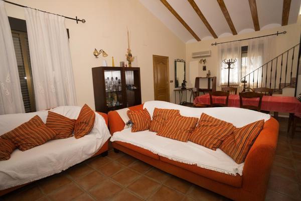 Hotel Pictures: CHALET 7 HABITACIONES BROSQUIL CULLERA, El Brosquil