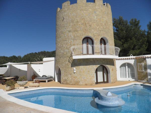 Hotel Pictures: Holiday home Torre Uschi, Cala Tarida