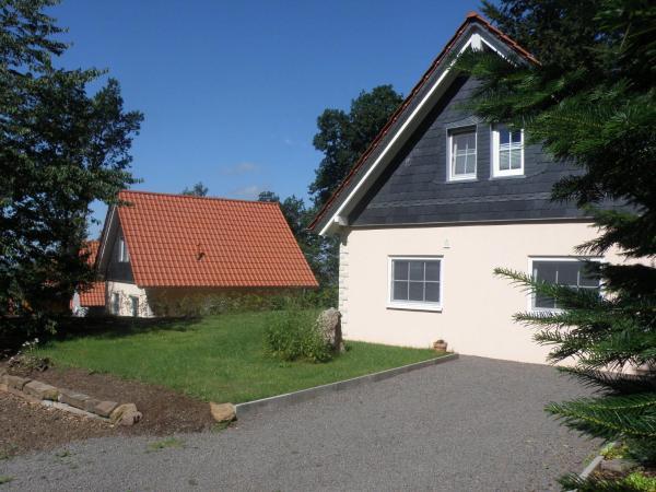 Hotel Pictures: Holiday home Bungalowpark Schnee-Eifel 4, Brandscheid