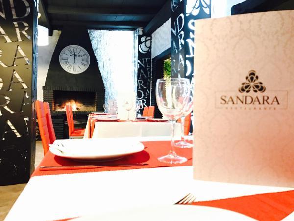 Hotel Pictures: Hostal Sandara, Algeciras