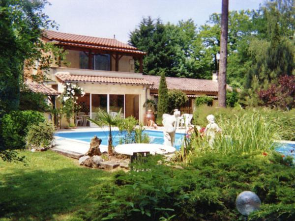 Hotel Pictures: Maison De Vacances - Lamonzie - Montastruc, Saint-Sauveur