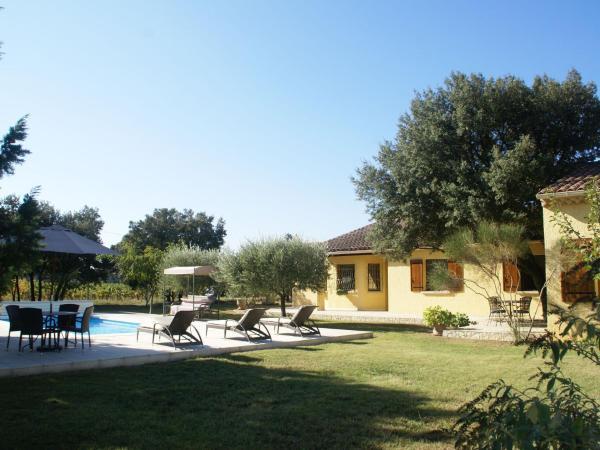 Hotel Pictures: Villa - Sorgues, Bédarrides