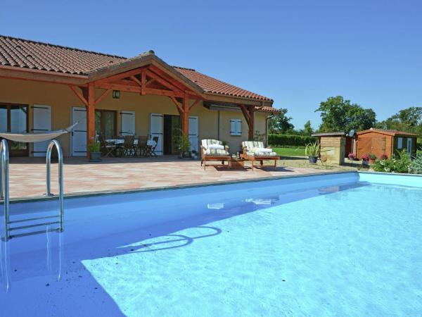Hotel Pictures: , Bourrouillan