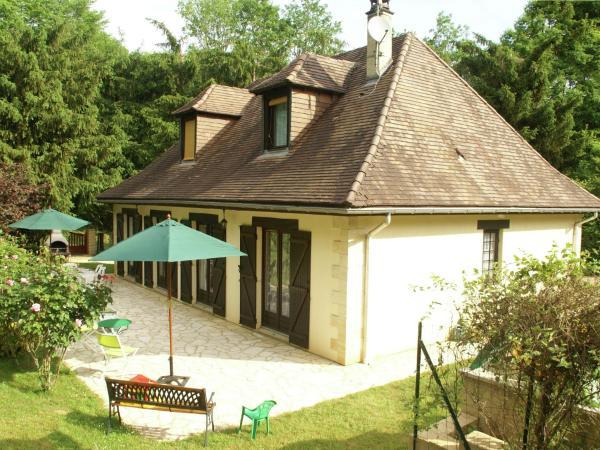 Hotel Pictures: Maison De Vacances - Vitrac, Vitrac