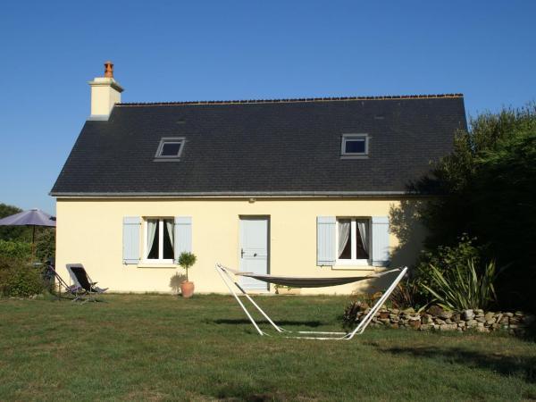 Hotel Pictures: Maison De Vacances - Fontenay-Sur-Mer, Quinéville
