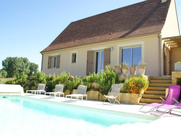 Hotel Pictures: Maison De Vacances - Saint Cyprien, Saint-Cyprien