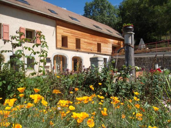 Hotel Pictures: Comme un écrin... Chambres et table d'hôtes, Saint-Bonnet-en-Champsaur
