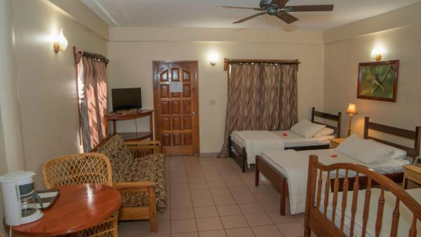 Hotel Pictures: Black Orchid Resort, Burrell Boom