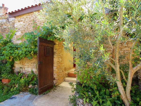 Hotel Pictures: Chez Louisa, Meyrals