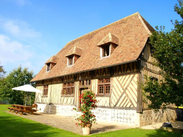 Hotel Pictures: Le Manoir, Offranville