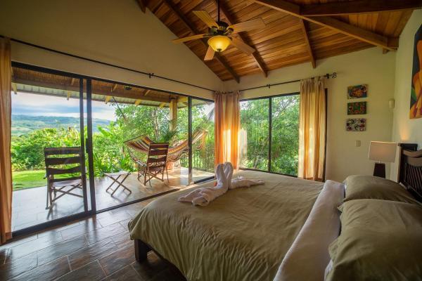 Hotel Pictures: La Finca Lodge, Quebrada Azul