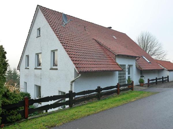 Hotel Pictures: Berghaus am Wald, Bückeburg