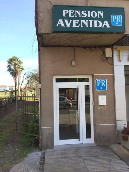 Hotel Pictures: Pensión Avenida, O Pedrouzo