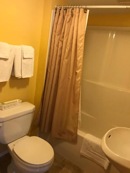 Hotel Pictures: , Shelburne