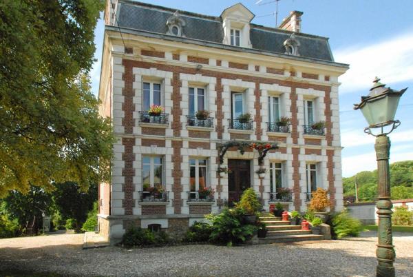 Hotel Pictures: Le Domaine des Prés du Hom, Bézu-Saint-Éloi
