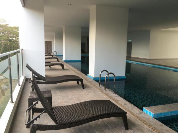 Hotelbilleder: Romantic Santorini Residence, Johor Bahru