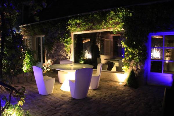Hotel Pictures: L'Hibernie, Rochefort-en-Yvelines